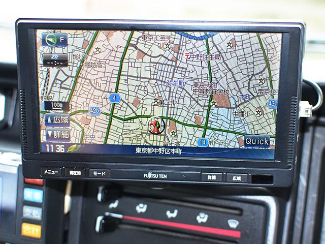 カーナビ 東京無線仕様で送迎場所が無線に連動し表示されます。